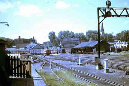 railroaad-siding-store